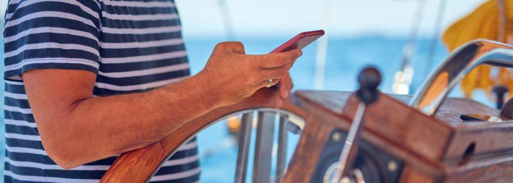 Enklere regnskap for din bedrift - selv fra båten